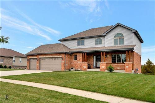 Photo of 2212 Alta Vista Drive, New Lenox, IL 60451 (MLS # 11241582)