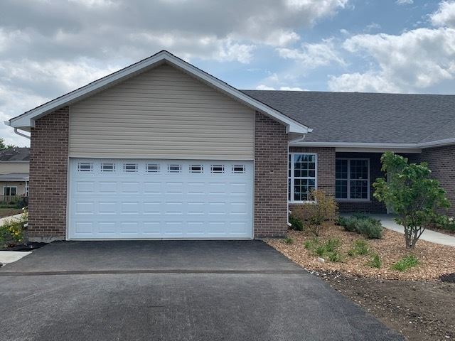 Photo of 443 BLUEBELL Drive, Bolingbrook, IL 60440 (MLS # 11037582)