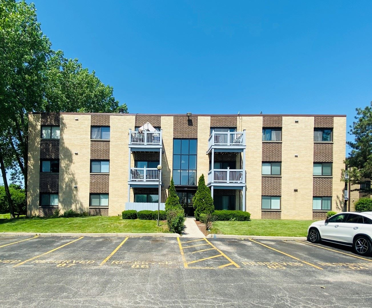 664 Pinecrest Drive #202, Prospect Heights, IL 60070 - #: 10748583