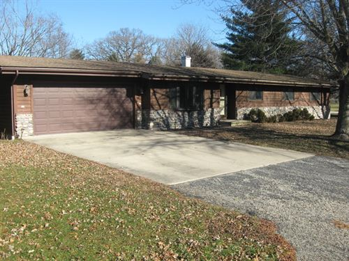 Photo for 875 N 2401st Road, Oglesby, IL 61348 (MLS # 10267584)