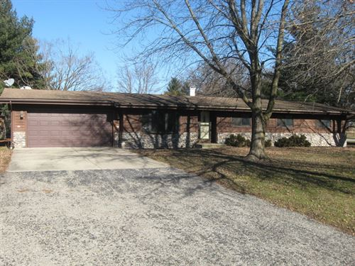 Tiny photo for 875 North 2401st Road, OGLESBY, IL 61348 (MLS # 10267584)