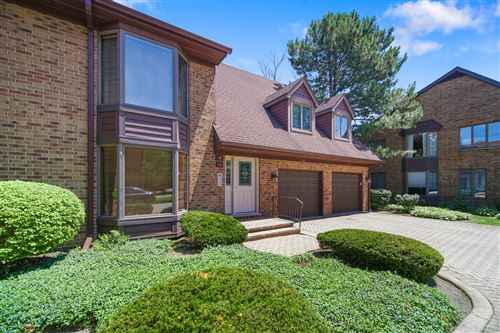 Photo of 18 Queens Court #18, Westchester, IL 60154 (MLS # 10769584)