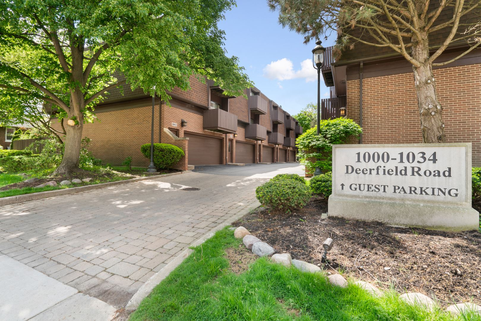 1000 Deerfield Road #304, Highland Park, IL 60035 - #: 10714585