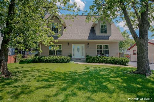 Photo of 231 Highland Road, Willowbrook, IL 60527 (MLS # 10793586)
