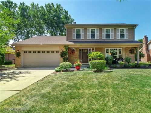 Photo of 20W437 Westminster Drive, Downers Grove, IL 60516 (MLS # 10903587)