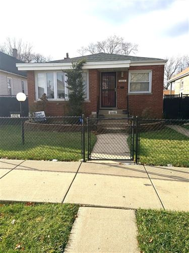 Photo of 10016 S Wallace Street, Chicago, IL 60628 (MLS # 10941590)