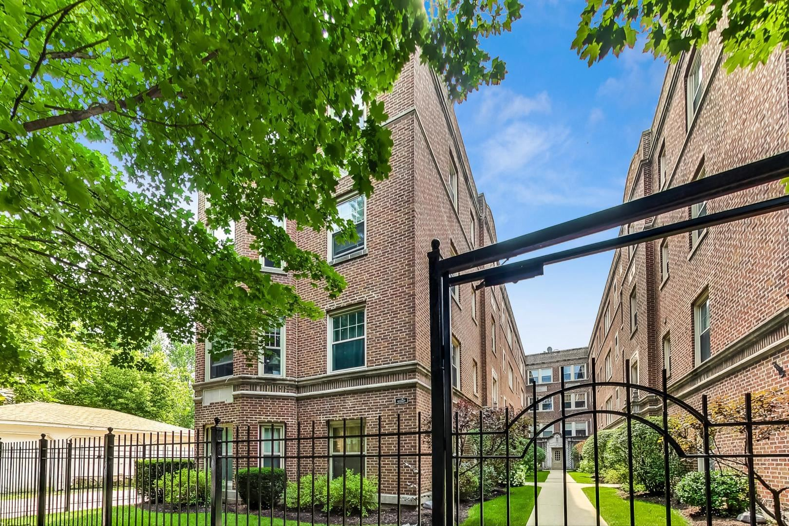 7314 N Honore Street #207, Chicago, IL 60626 - #: 11230591