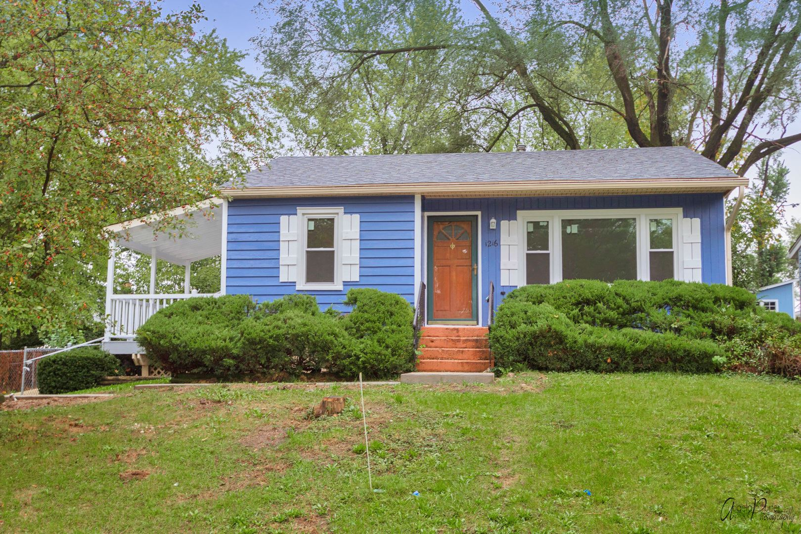 1216 Pine Street, Lake in the Hills, IL 60156 - #: 11245591