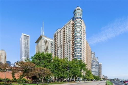 Photo of 840 N Lake Shore Drive #2601, Chicago, IL 60611 (MLS # 10353596)