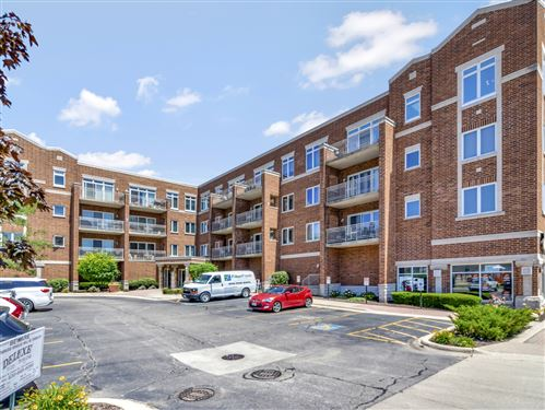 Photo of 515 MAIN Street #312, West Chicago, IL 60185 (MLS # 11211597)