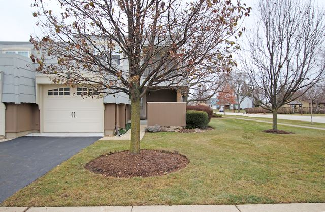700 Bordeaux Court #A, Elk Grove Village, IL 60007 - #: 10532597