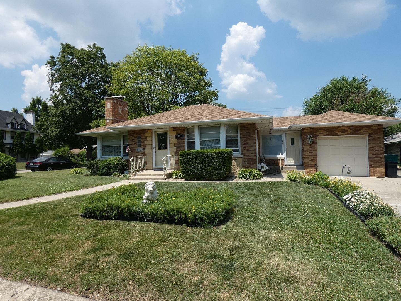 Photo of 911 Sherwood Place, Joliet, IL 60435 (MLS # 10856597)