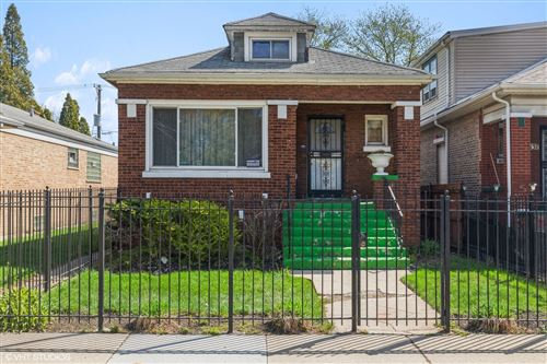 Photo of 8133 S Woodlawn Avenue, Chicago, IL 60619 (MLS # 11052598)