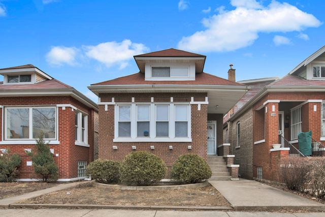 Photo for 8549 South CARPENTER Street, CHICAGO, IL 60620 (MLS # 10511599)