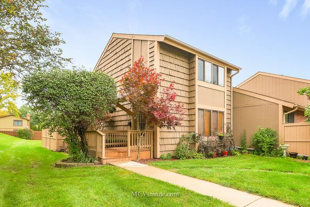 500 ISLE ROYAL BAY, Roselle, IL 60172 - #: 10574600