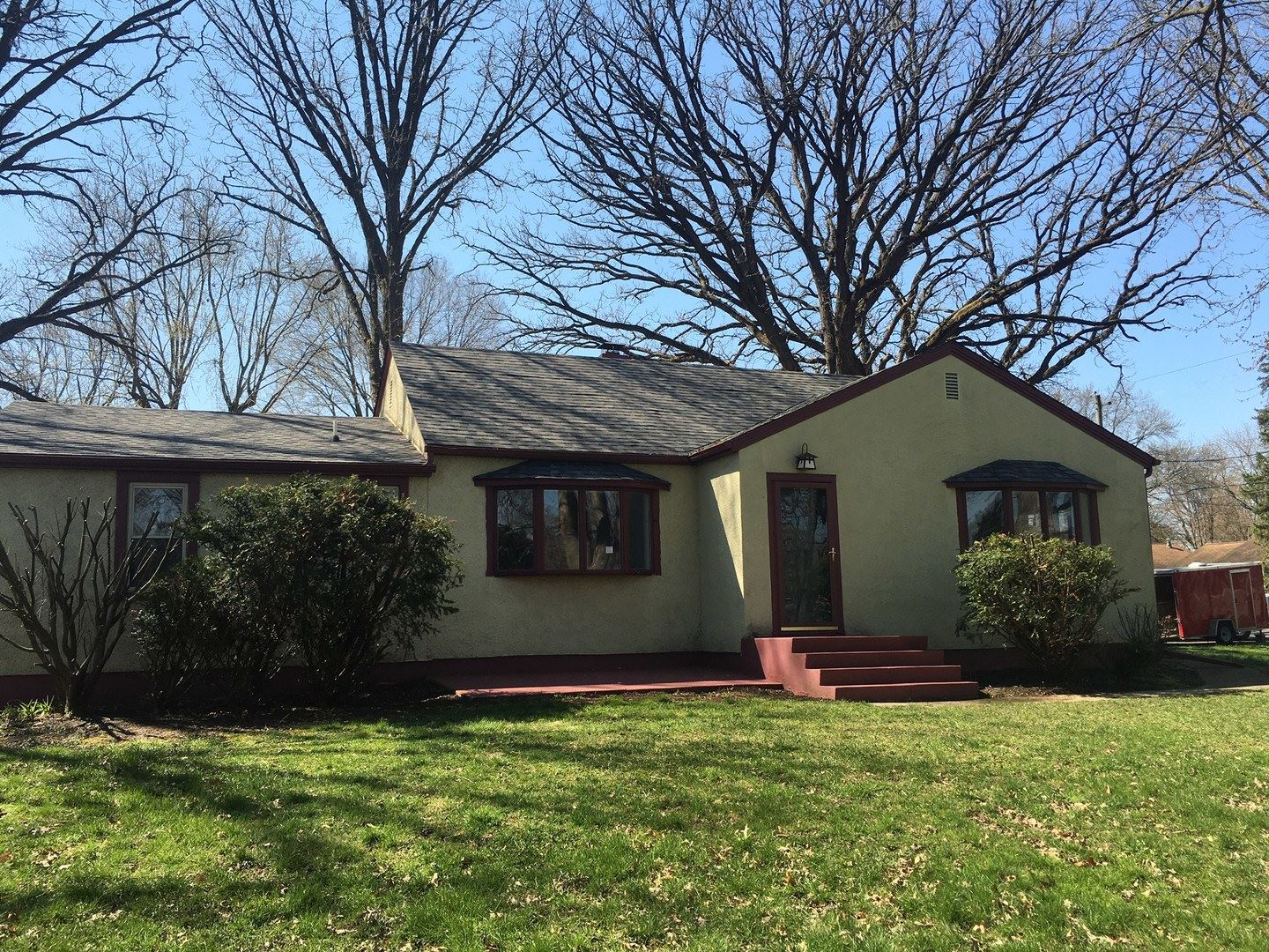 300 Central Street, Spring Valley, IL 61362 - #: 10693605