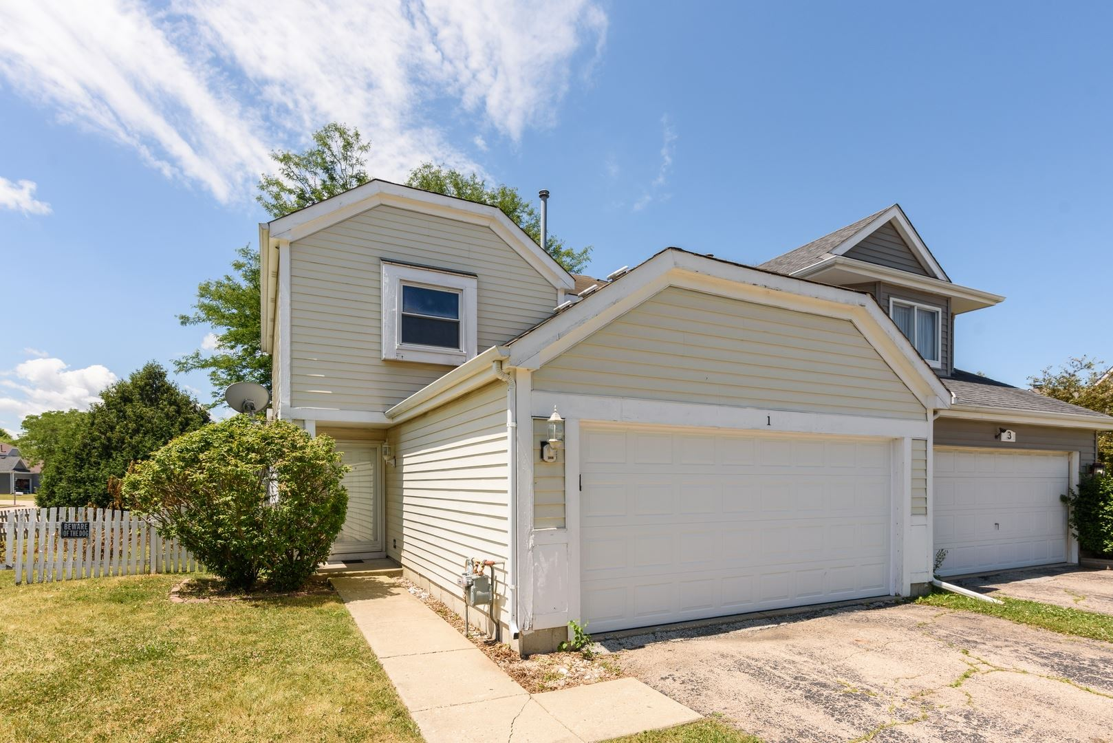 1 ANDOVER Court, South Elgin, IL 60177 - #: 10763605