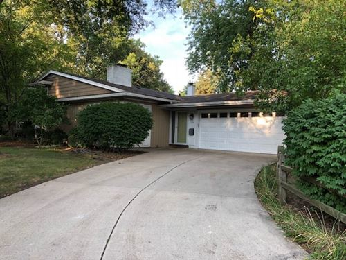 Photo of 1124 Holly Court, Naperville, IL 60540 (MLS # 11224607)