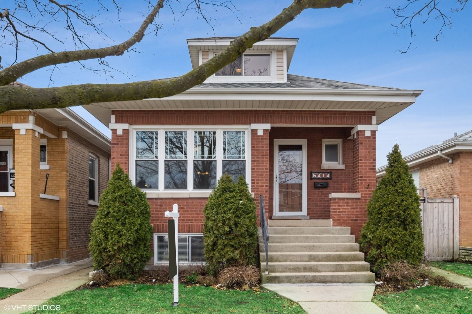 5414 N Luna Avenue, Chicago, IL 60630 - #: 10675607