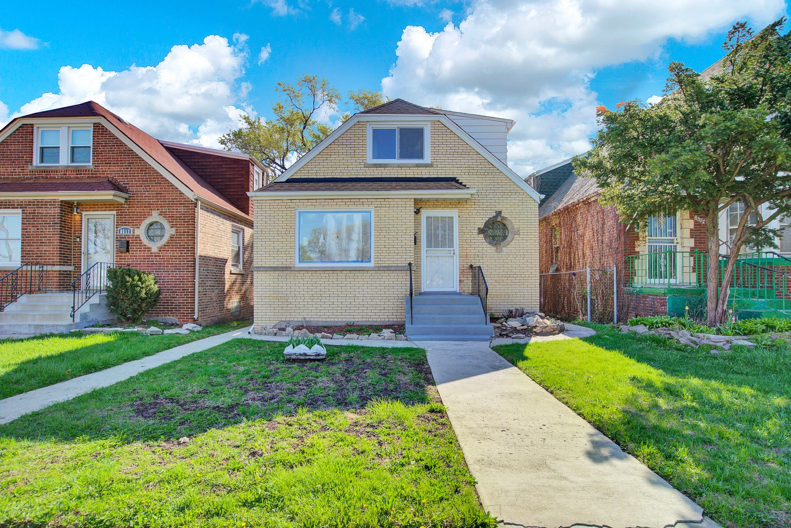 Photo for 8513 S King Drive, Chicago, IL 60619 (MLS # 11071608)