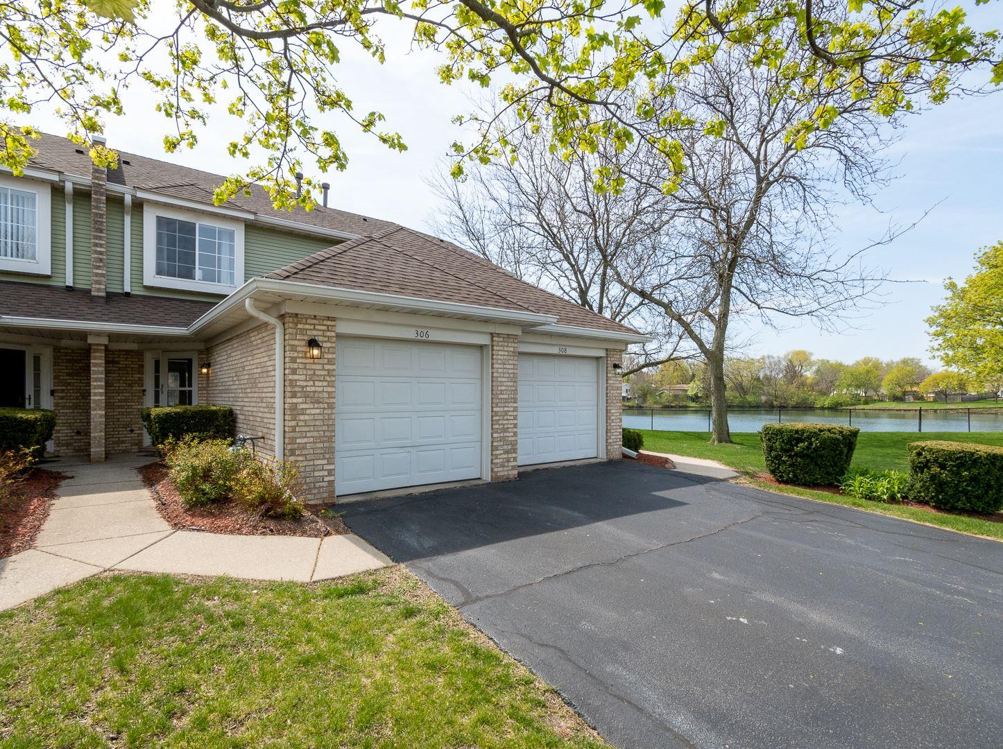 Photo of 306 Lakeview Circle, Bolingbrook, IL 60440 (MLS # 11069609)