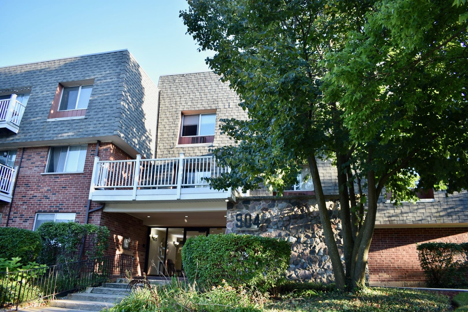 904 Ridge Square #202, Elk Grove Village, IL 60007 - #: 10628610