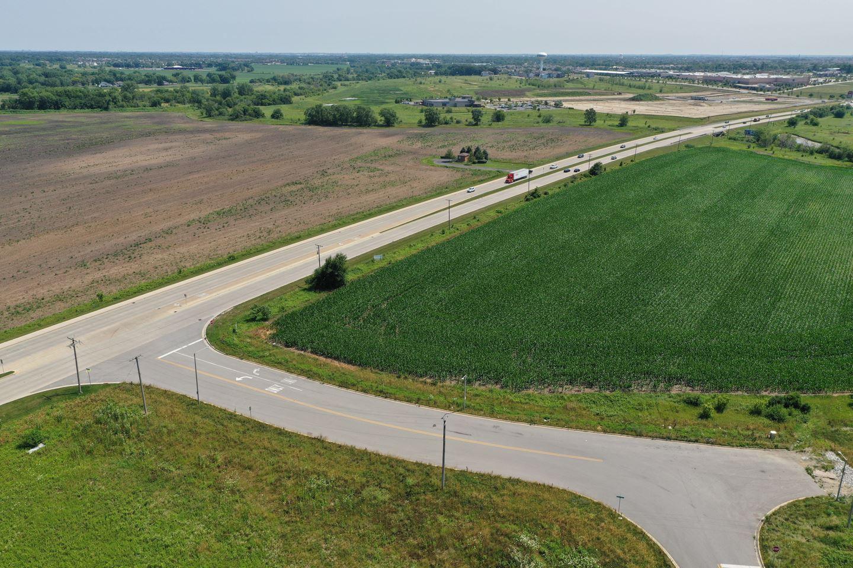 Photo of 1945 Wiesbrook Lot # 4 Drive, Oswego, IL 60543 (MLS # 11069610)