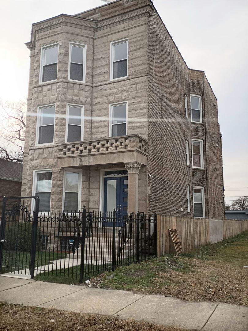 Photo for 5156 S Wabash Avenue #3, Chicago, IL 60615 (MLS # 10944611)