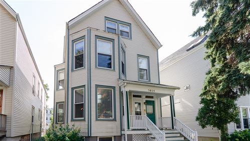 Photo of 1635 W Barry Avenue, Chicago, IL 60657 (MLS # 10903614)