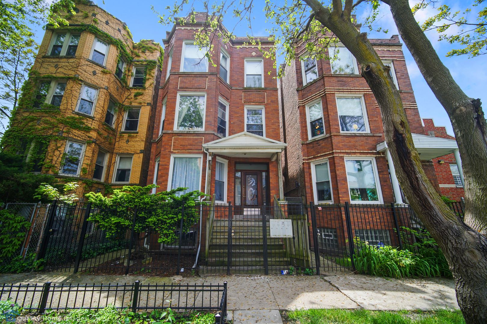 3307 W Crystal Street, Chicago, IL 60651 - #: 10727615