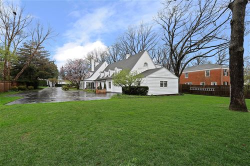 Tiny photo for 1141 N Green Bay Road, Lake Forest, IL 60045 (MLS # 10907616)