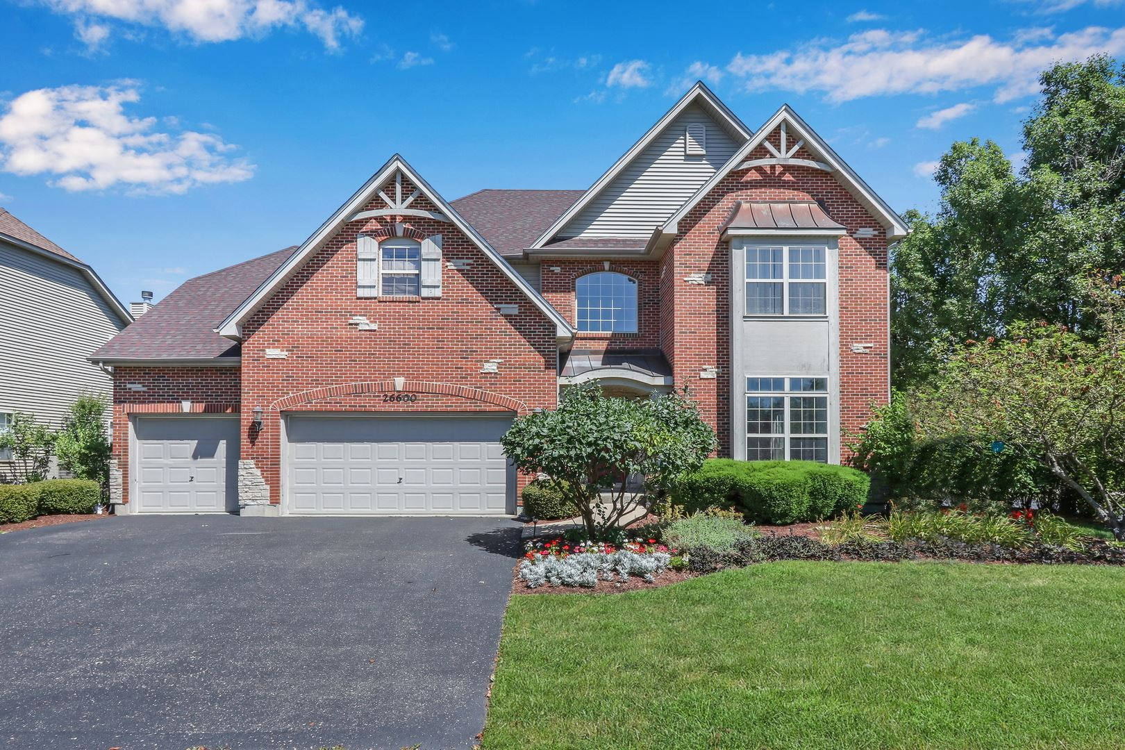 Photo of 26600 Lindengate Circle, Plainfield, IL 60585 (MLS # 10854617)