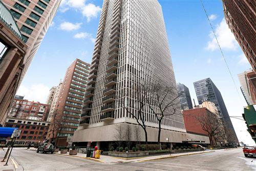 Photo of 200 E DELAWARE Place #13D, Chicago, IL 60611 (MLS # 11000618)