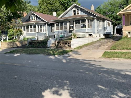 Photo of 420 S Broadway Avenue, Aurora, IL 60505 (MLS # 11060622)