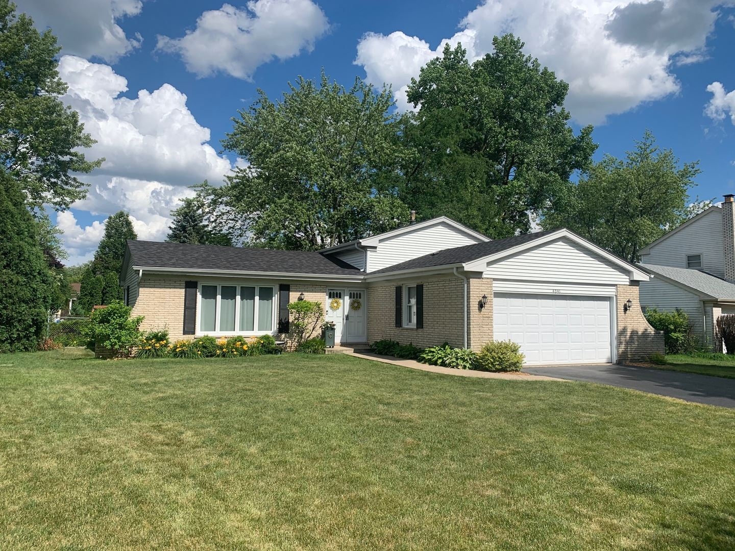 4041 Roslyn Road, Downers Grove, IL 60515 - #: 10759623
