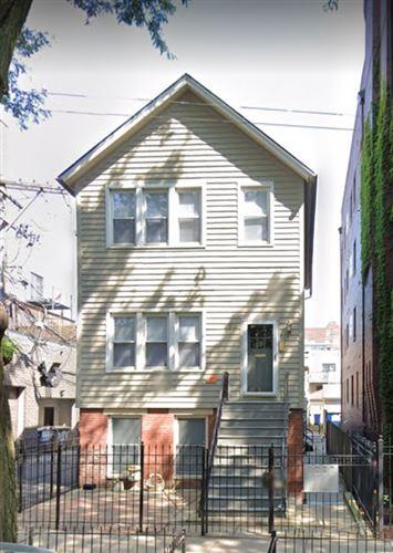 Photo of 330 W EVERGREEN Avenue #2, Chicago, IL 60610 (MLS # 11060624)