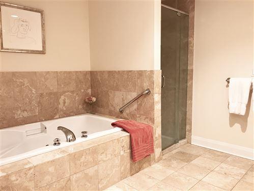 Tiny photo for 566 Lincoln Avenue #2E, Winnetka, IL 60093 (MLS # 10844627)