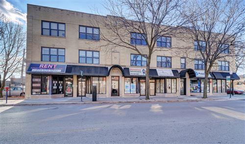 Photo of 3221 W Montrose Avenue #2J, Chicago, IL 60618 (MLS # 10941628)