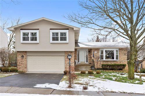 Photo of 3904 Saratoga Avenue, Downers Grove, IL 60515 (MLS # 10973628)