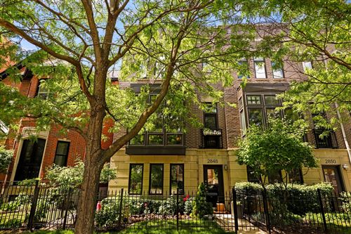 Photo of 2848 N Paulina Street, Chicago, IL 60657 (MLS # 10690630)