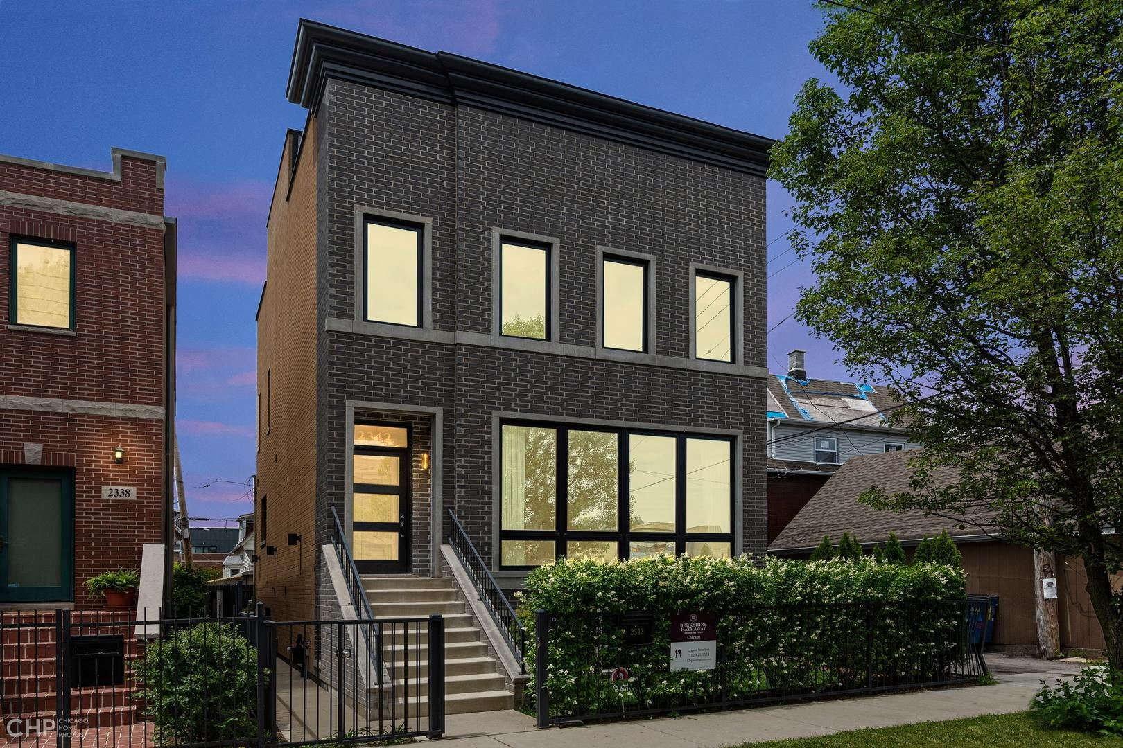 2342 N Rockwell Street, Chicago, IL 60647 - #: 10770630