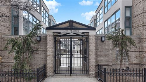 Photo of 759 W Melrose Street, Chicago, IL 60657 (MLS # 10614636)