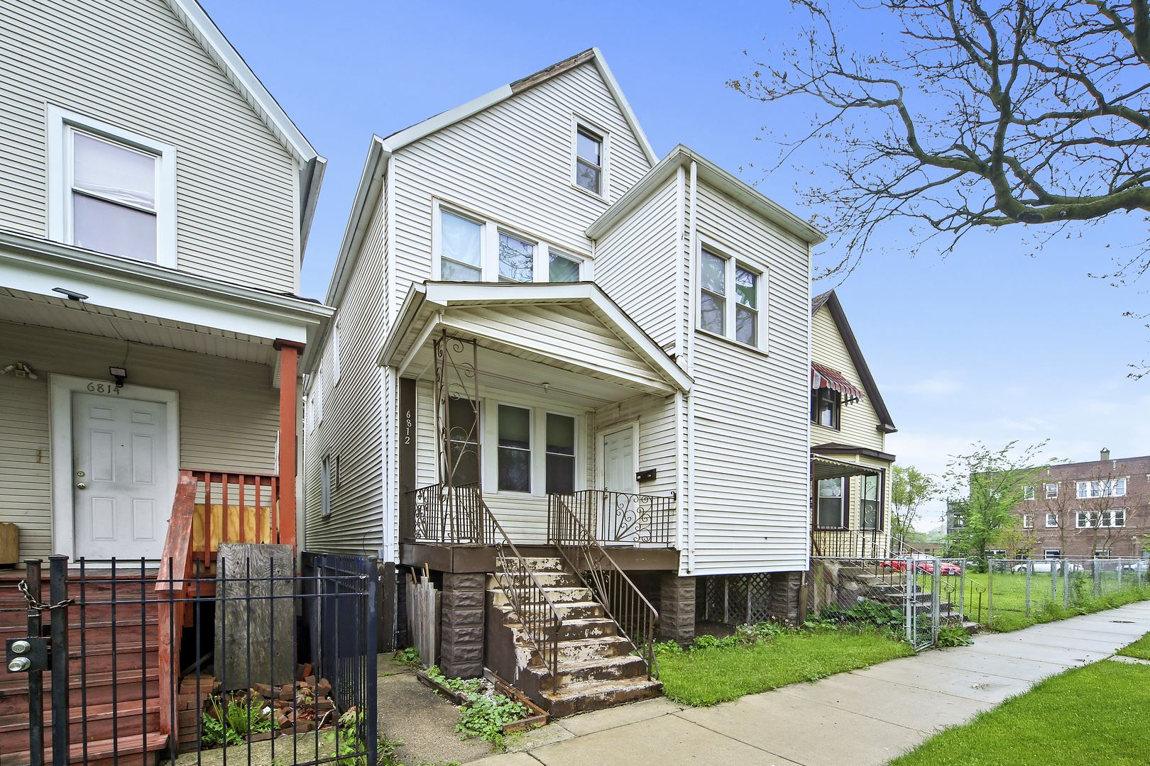 6812 S Hermitage Avenue, Chicago, IL 60636 - #: 10721637