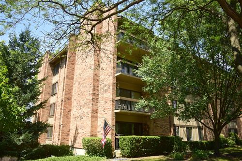 Photo of 301 Lake Hinsdale Drive #313, Willowbrook, IL 60527 (MLS # 10938638)