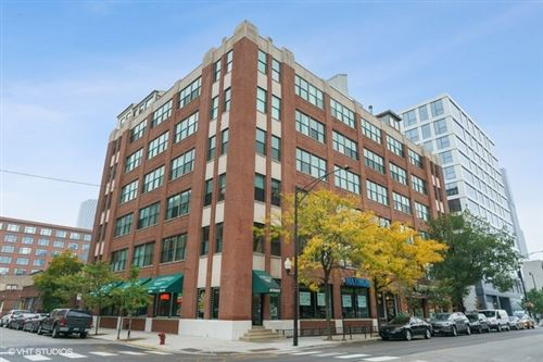 Photo of 812 W Van Buren Street #3F, Chicago, IL 60607 (MLS # 10969650)