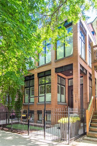Photo of 2725 N Kenmore Avenue, Chicago, IL 60614 (MLS # 11228650)