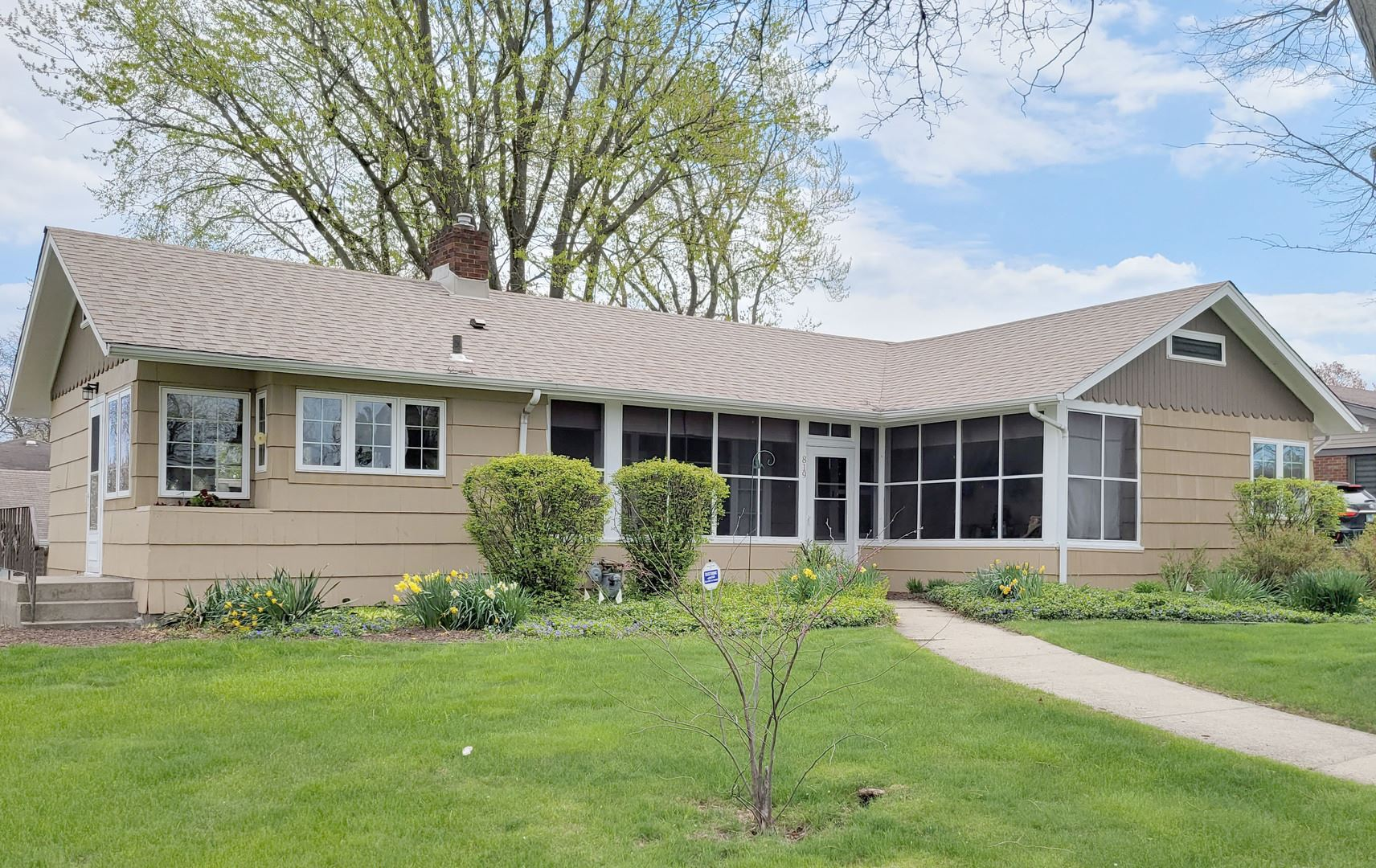 819 Therese Lane, Chicago Heights, IL 60411 - #: 11218650
