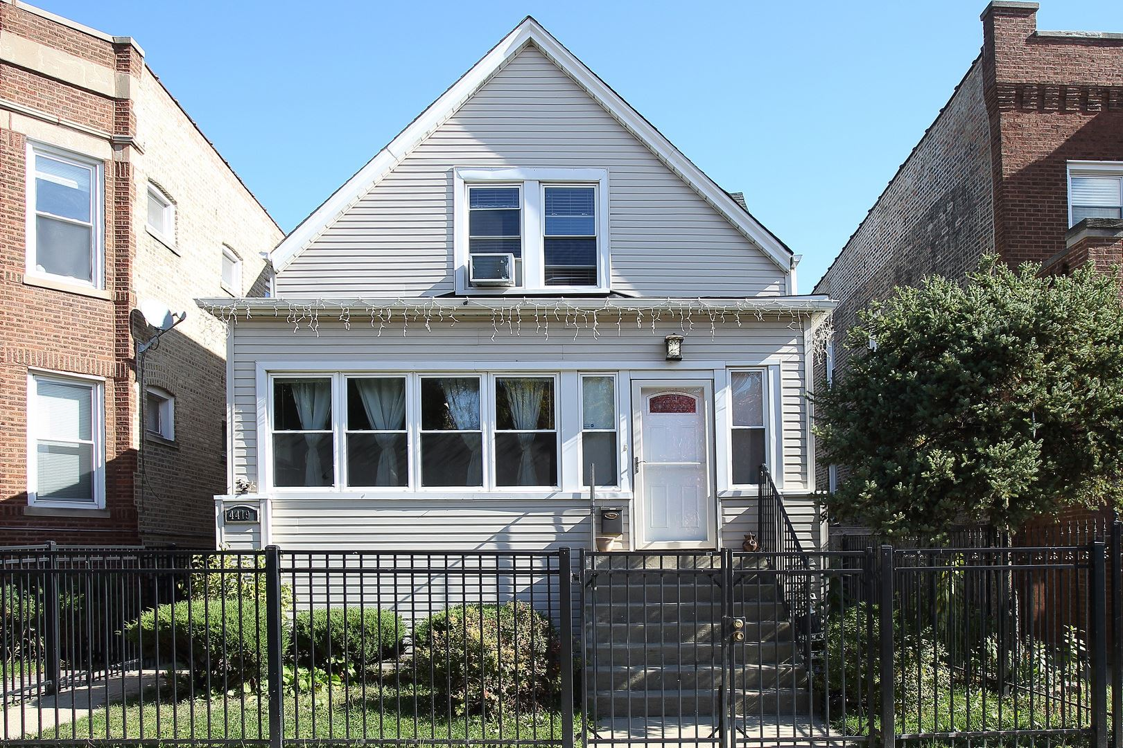 4419 N Kimball Avenue, Chicago, IL 60625 - #: 11023652