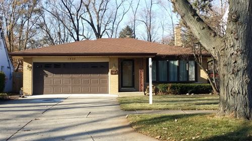 Photo of Park Ridge, IL 60068 (MLS # 11015654)