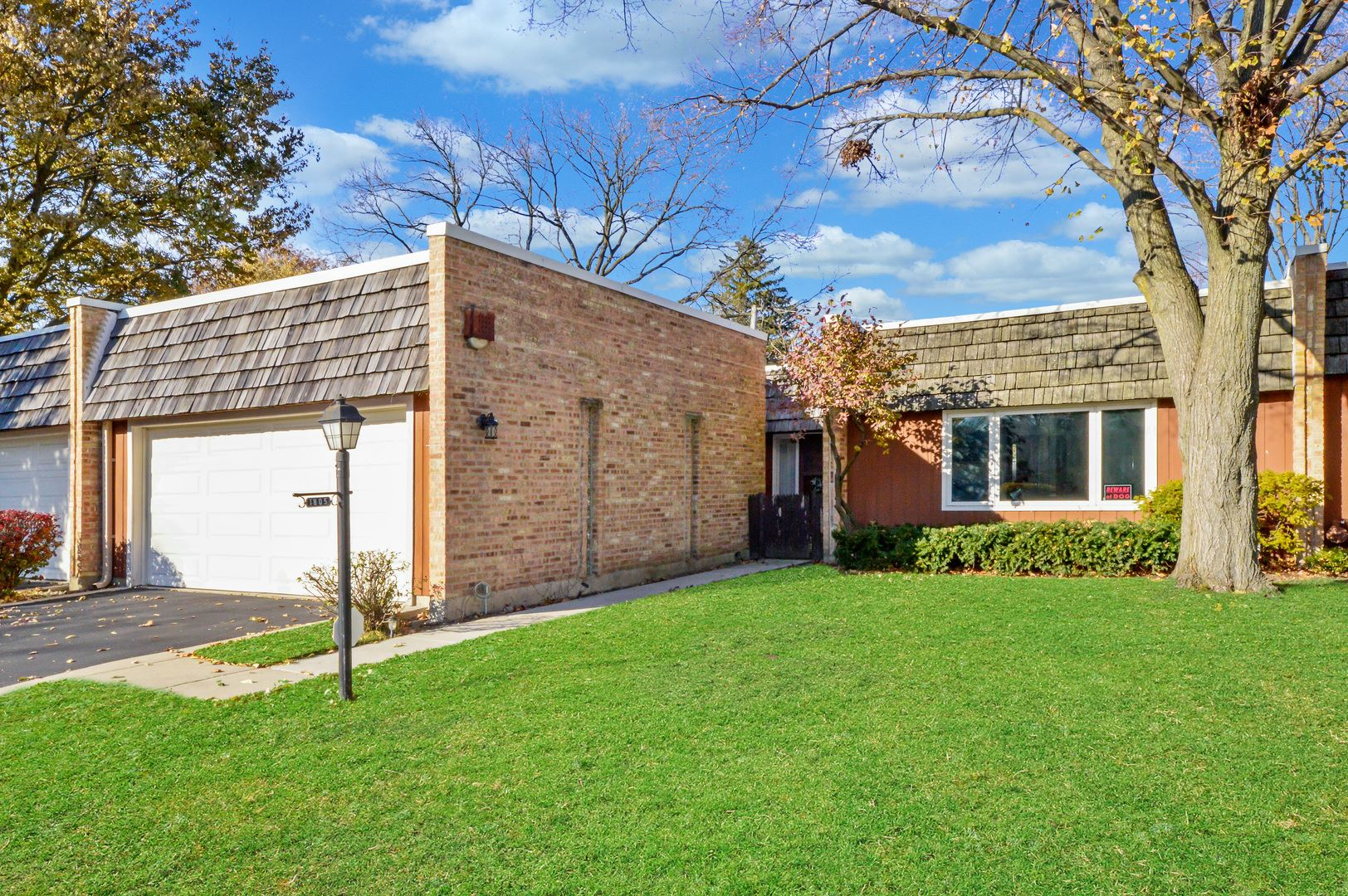 1805 Somerset Lane, Northbrook, IL 60062 - #: 10686654